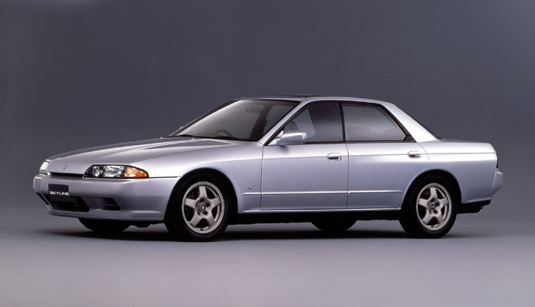r32_nissan_skyline_sedan_picture%20%285%