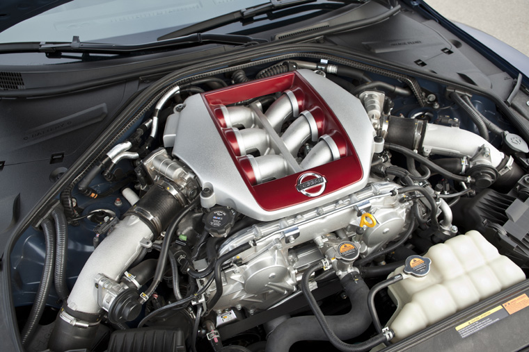 2011 Nissan GT-R 3.8-liter V6 twin-turbo Engine - Picture ...