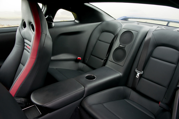 Nissan Gtr 2017 Interior >> 2011 Nissan GT-R Rear Seats - Picture / Pic / Image