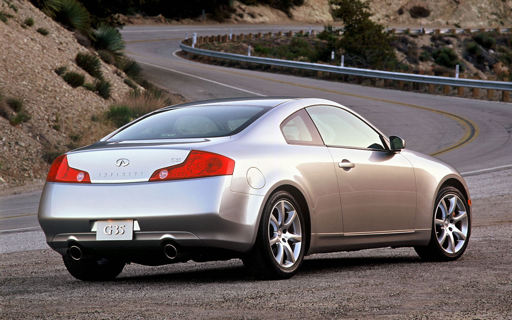infiniti g35 wallpaper iphone