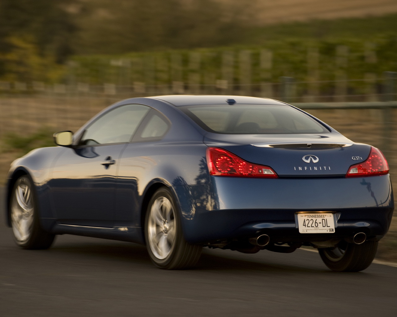 2008 2011 infiniti g37x coupe free 1280x1024 wallpaper. Black Bedroom Furniture Sets. Home Design Ideas